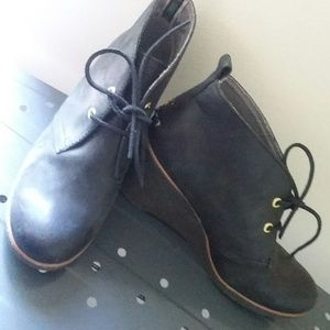 Sperry Top Sider Black Suede Wedge Ankle Boots 9